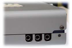 MB2400-Salida phones