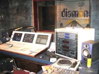 UI Diamond FM