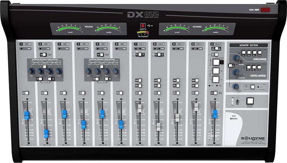 DX822-front-1K